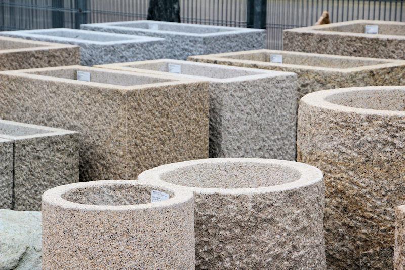 natursteinausstellung au enbereich von hammerl baustoffe. Black Bedroom Furniture Sets. Home Design Ideas